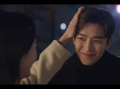 Kemesraan Rowoon dan Won Jin Ah di drama Korea She Would Never Know