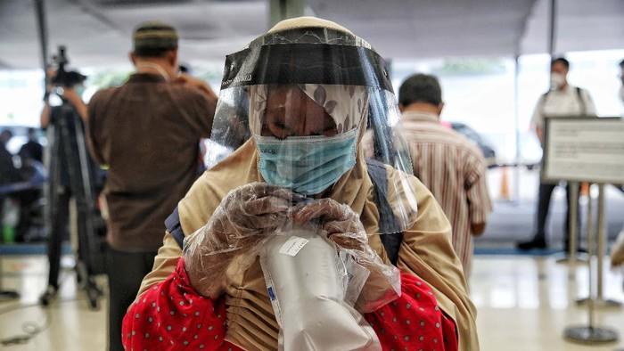Setahun sudah pandemi COVID-19 melanda Indonesia. Berbagai produk inovasi telah dikembangkan untuk menangani virus Corona.