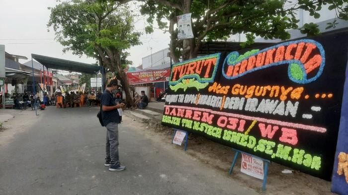 Suasana rumah duka almarhum Praka Dedi di Pekanbaru (Raja Adil/detikcom) Kabupaten