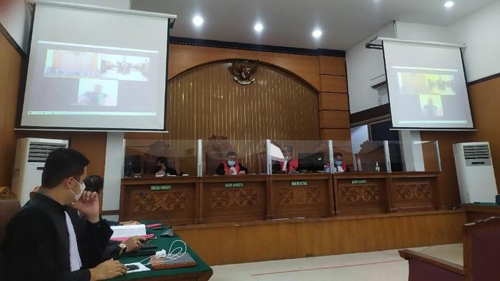 Suasana Sidang Dakwaan Gus Nur di PN Jaksel
