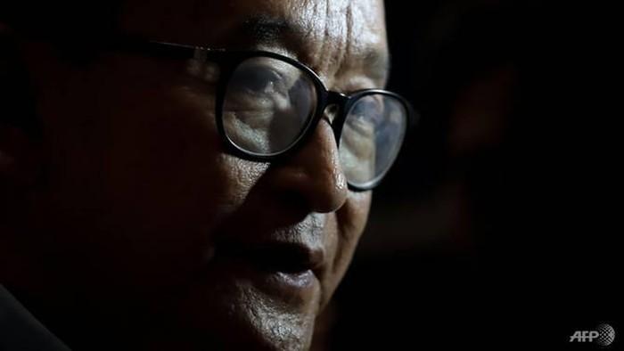Tokoh Opisisi Kamboja Sam Rainsy