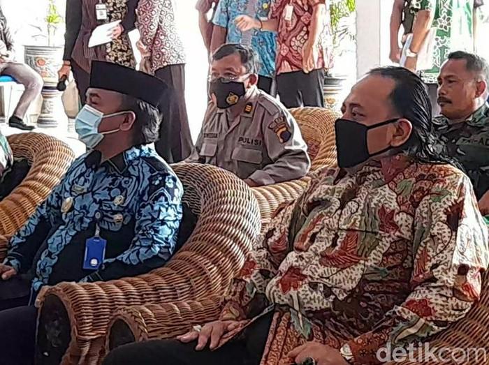 Wali Kota Tegal Dedy Yon Supriyono dan Wakil Wali Kota Muhammad Jumadi, Selasa (2/3/2021).