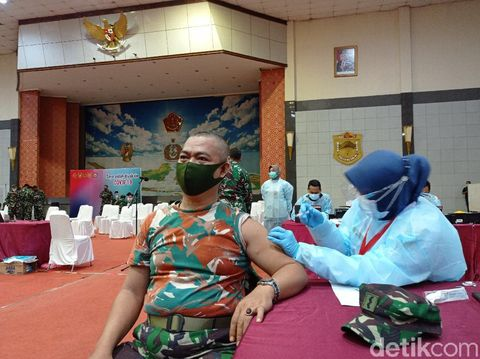 9.396 Prajurit Mabes TNI Disuntik Vaksin COVID-19