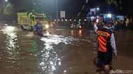 Dua Sungai Meluap, Permukiman dan Jalur Pantura Kota Pasuruan Banjir