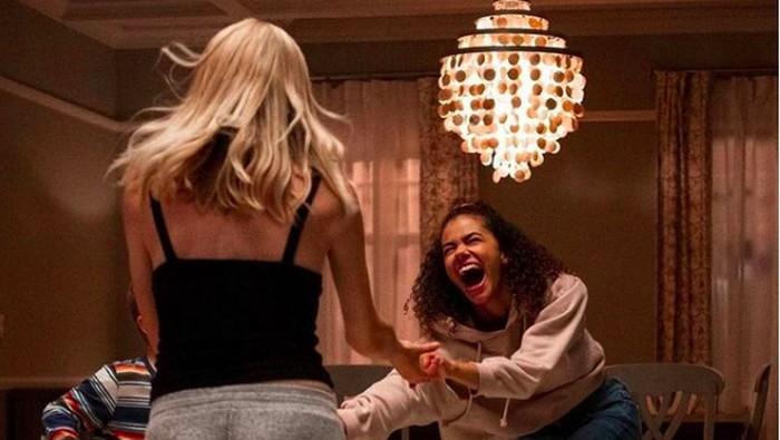 5 Hal Tentang Serial Ginny & Georgia yang Tayang di Netflix