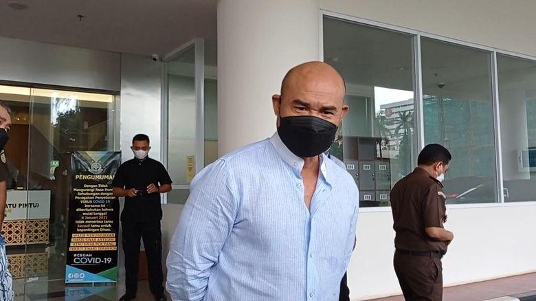 Gubernur Nusa Tenggara Timur (NTT) Viktor Laiskodat di Kejagung (Foto: Wilda/detikcom)