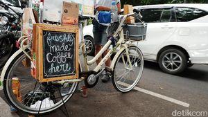 Ngopi Nikmat di 5 Kopi Keliling Kekinian Bandung