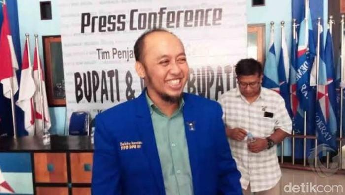Ketua DPC Partai Demokrat Lamongan Debby Kurniawan