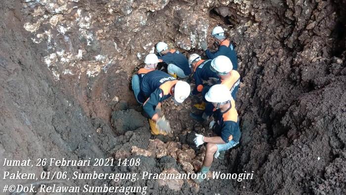 Luweng yang sempat hilang selama 93 tahun akhirnya ditemukan di Desa Sumberagung, Kecamatan Pracimantoro, Wonogiri. Foto : istimewa dari relawan Desa Sumberagung