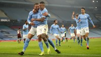 Man City Samai Rekor Arsenal Berusia 2 Dekade