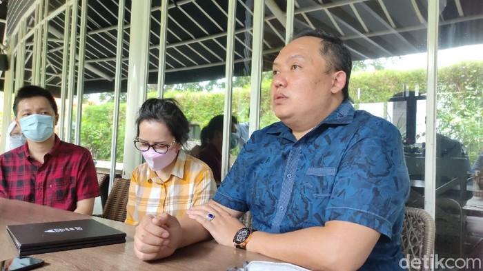 Meliana W, ibu di Semarang yang dipolisikan anak kandungnya saat ditemui kawasan Jalan Rinjani, Semarang, Rabu (3/3/2021).