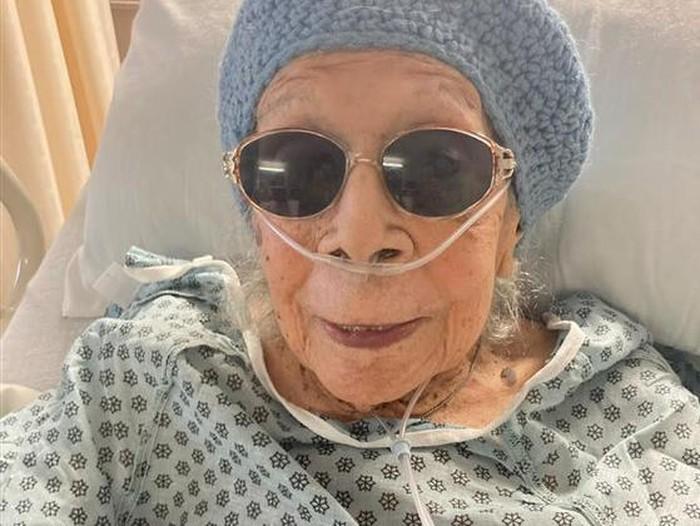 Nenek 105 Tahun sembuh dari Covid-19