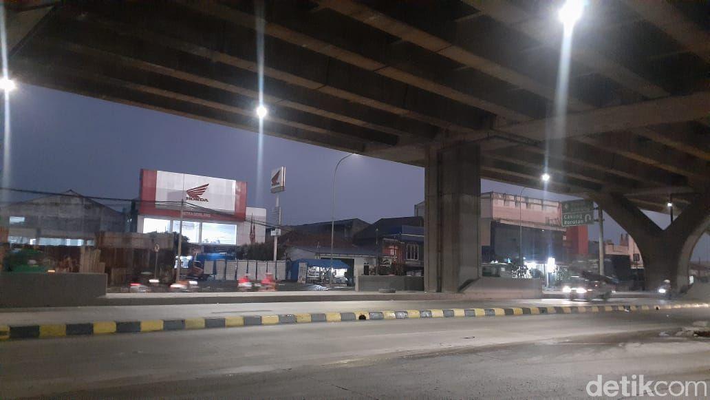 Pembatas Jl Raya Cilincing, 2 Maret 2021. (Afzal Nur Iman/detikcom)