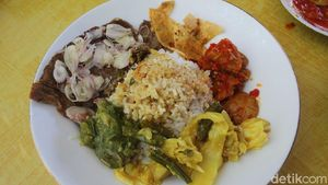5 Fakta RM Rinai Pambasuah Luko, Warung Makan Padang yang Tawarkan Lauk Langka