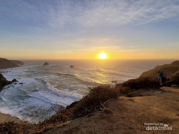 Panorama Big Sur yang menghadap Samudera Pasifik di California (Citra Yuda/dTravelers)