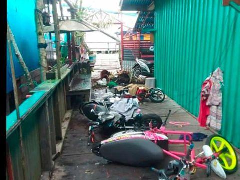 Sisa perusakan oleh massa di sejumlah titik di Asmat usai pelantikan bupati Asmat (dok Polda Papua)