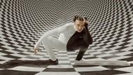 Adidas dan Tommy Cash Rilis Sneakers Unik, Diklaim Terpanjang di Dunia