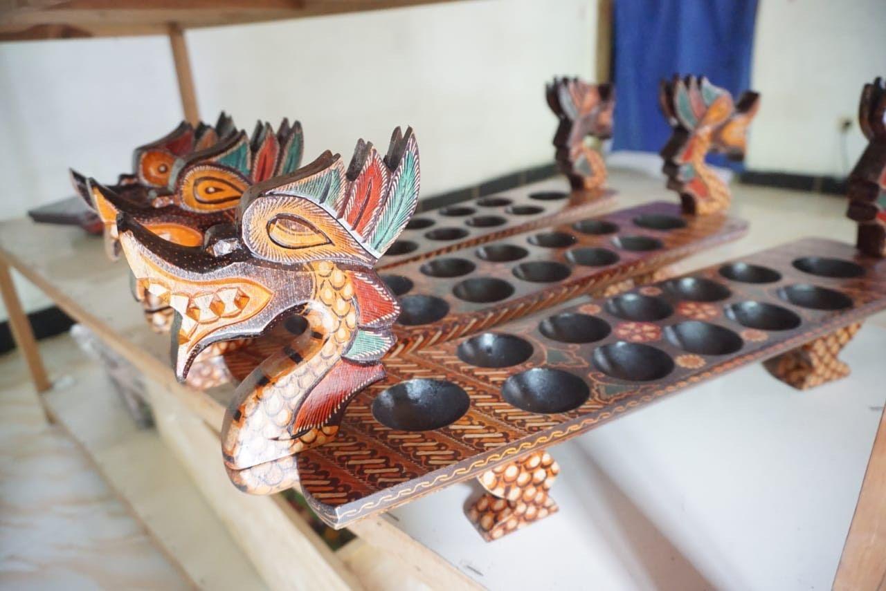 Batik kayu Bantul