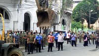 Ancaman Bobby ke Pemilik Bangunan Ilegal yang Bandel di Kesawan Medan