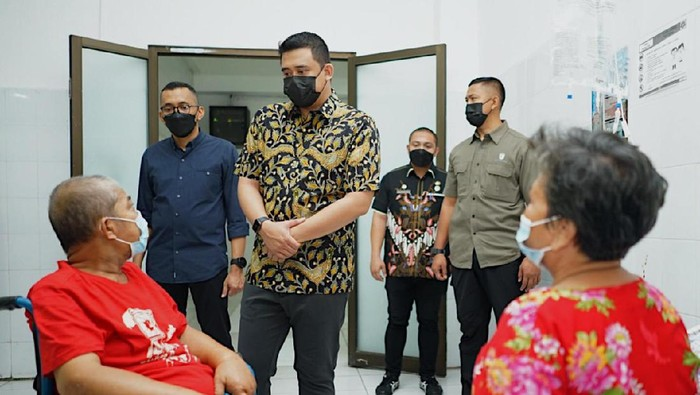 Bobby saat sidak ke RS Pirngadi Medan (dok. Istimewa)