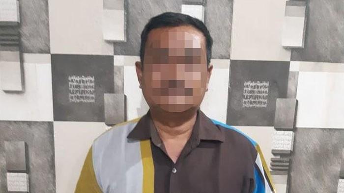 Ditreskrimsus Polda Sulawesi Utara (Sulut) berhasil mengamankan seorang pria tersangka kasus tindak pidana Informasi dan Transaksi Elektronik (ITE), berinisial MAB (58), warga Lolak, Bolaang Mongondow, Senin (01/03/2021) sore.