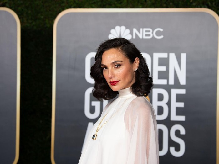 Gal Gadot arrives at the 78th Annual Golden Globe Awards at the Beverly Hilton in Beverly Hills, CA on Sunday, February 28, 2021.