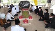 Gubernur Khofifah Ajak Kepala Daerah Ziarah ke Makam Bung Karno Usai Sertijab