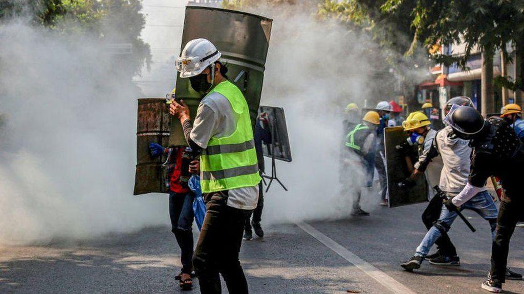 Kekerasan Meningkat, Singapura Imbau Warganya Tinggalkan Myanmar