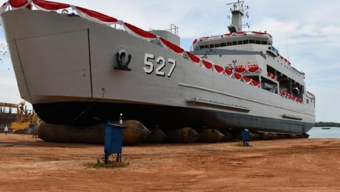 KR Teluk Wondama-527
