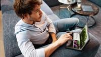Penampakan Laptop Layar Lipat Harga Rp 60 Juta, Minat?