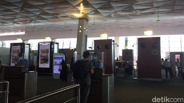 Protokol kesehatan di bandara