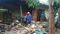 Diguyur Hujan Deras, 1 Rumah Warga di Ciamis Ambruk