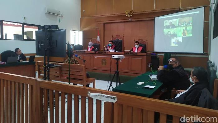 Sidang Syahganda Nainggolan (Luqman Nurhadi/detikcom)