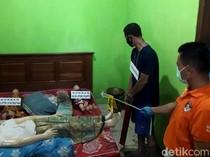 Haru Biru Saat Rekonstruksi Pembunuhan 4 Orang Sekeluarga di Rembang