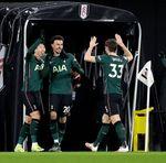 Gol Bunuh Diri Buat Tottenham Ungguli Fulham di Babak I