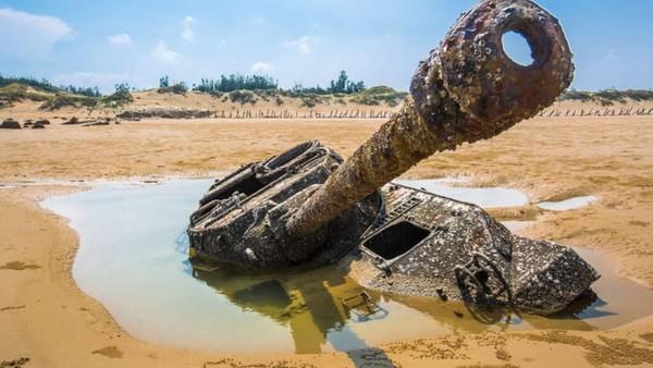 Pulau ini sebenarnya lebih dekat dengan Xiamen, menjadikannya zona kepentingan geopolitik strategis selama beberapa dekade. Dan, inilah medan perang antara kedua belah pihak.