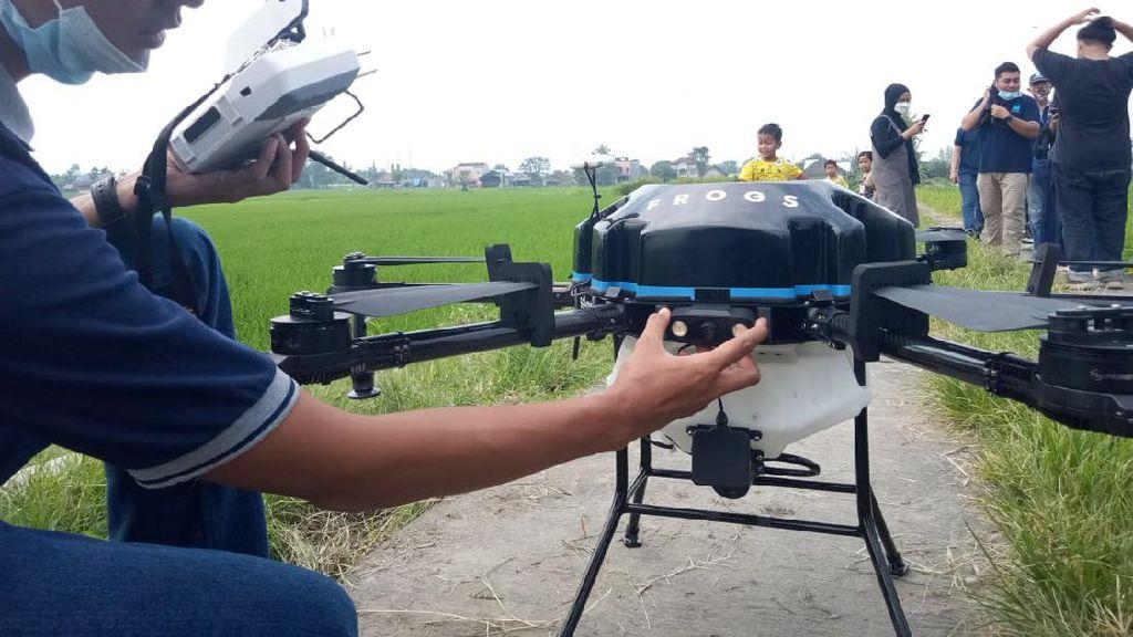 Drone Penyemprot Pupuk Cair Siap Beraksi di Bantul
