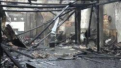 Indekos 2 Lantai di Jaksel Hangus Terbakar Gegara Kompor Ditinggal Tidur