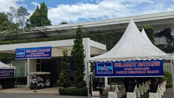 Berlokasi di The Hill and Resort Sibolangit, hari Jumat ini akan digelarKLB Partai Demokrat (Ahmad Arfah/detikcom)