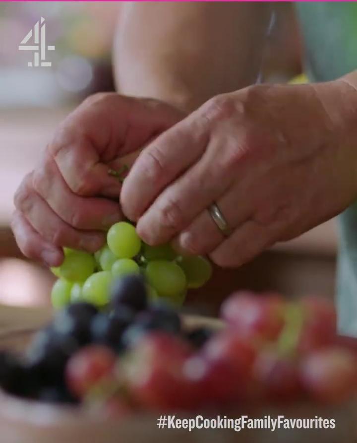Pakai Buah Anggur Sebagai Topping Pizza, Jamie Oliver Dikecam Keras
