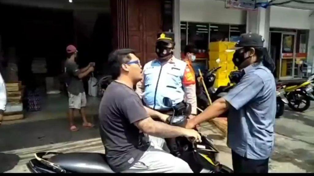 Viral Pria di Jaktim Ngegas Ditegur Tak Bermasker, Ini Cerita di Baliknya