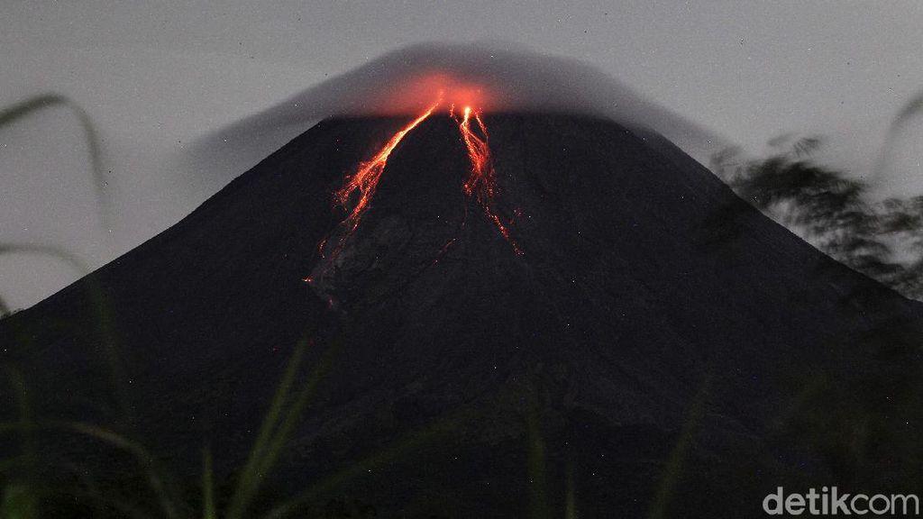 Pagi Ini Gunung Merapi Semburkan 3 Kali Awan Panas