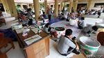 Seru Banget! Puluhan Guru SMP di Solo Ikuti Lomba Melukis