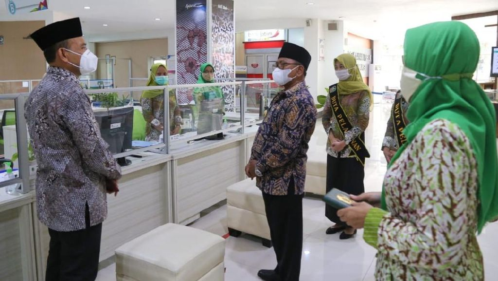 Wabup Banyuwangi Minta Layanan Klinik Perizinan Permudah Masyarakat