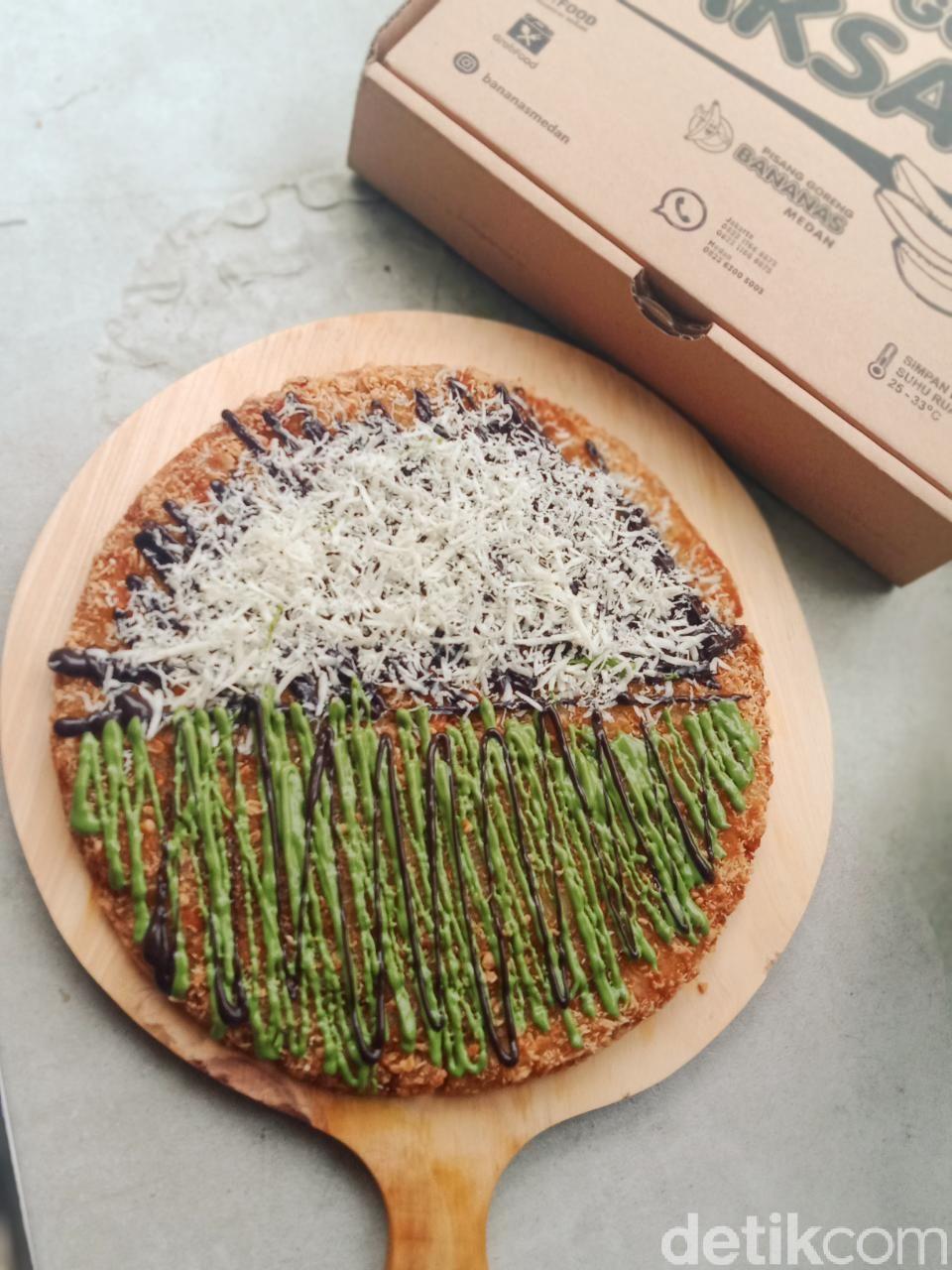Baru! Ini Pisang Goreng Bentuk Pizza yang Lagi Ngehits