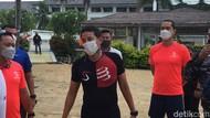 Gerimis Tak Halangi Sandiaga Jajal Aquathlon di Likupang