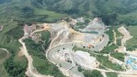 Diapit Bukit, Intip Megahnya Bendungan di Pulau Buru