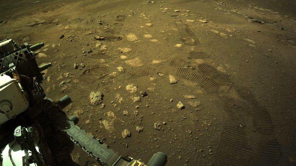 Robot Penjelajah NASA Mulai Jelajahi Planet Mars