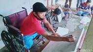 Kreatif! Disabilitas di Klaten Ini Tuangkan Ide Lewat Lukisan