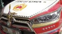 Wow! Mobil Warga Pantura Ini Dihiasi Emas dan Berlian Seharga Miliaran